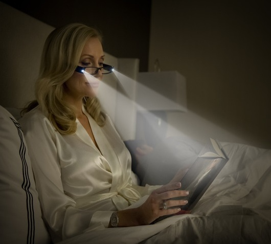 10KeyThings-Late-night-reading Who says women don't have addictions?