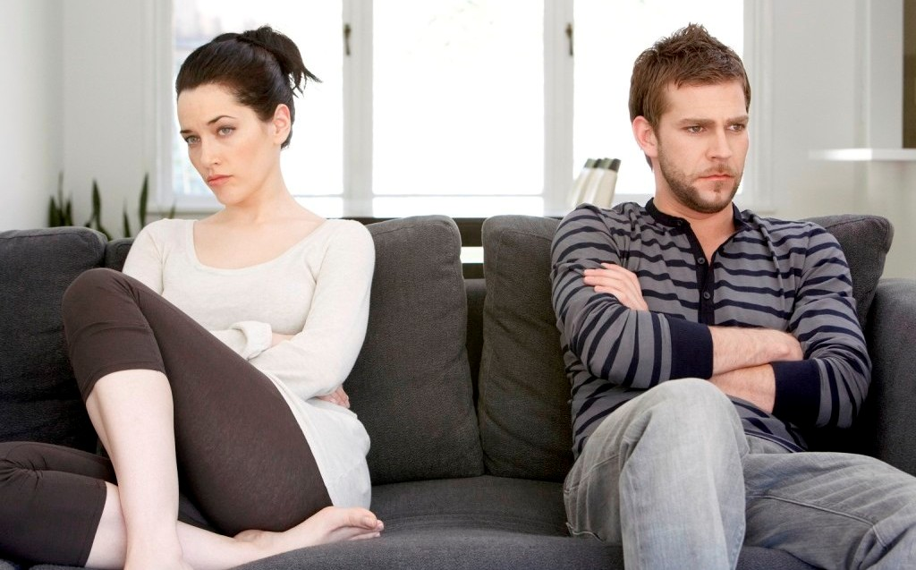 10KeyThings-forcefully-staying-in-a-relationship Indications that say it's the time to Break up