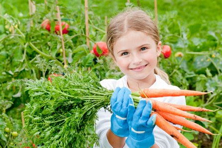 10KeyThings-kids-organic-farming How to encourage kids for healthy eating?