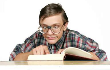 10KeyThings-book-worms The rebel, the pet and the nerd - Students you find in a classroom