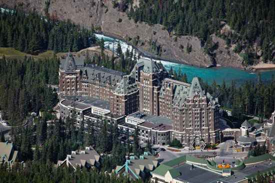 10KeyThings-Banffs-Spring-Hotel-Alberta-Canadabanff 10 Haunted places you don't want to tresspass on