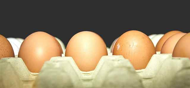10KeyThings-Eggs Get rid of that Stickiness! 10 Oily Skin care tips