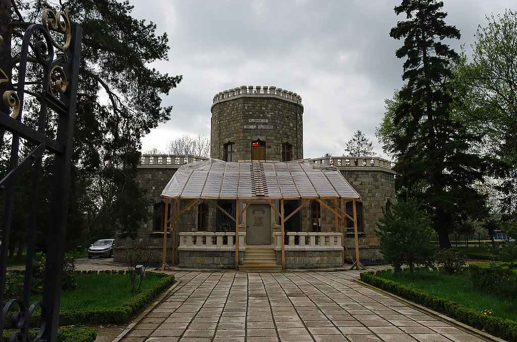 10KeyThings-Iulia-Hasdeu-Castle-Romania 10 Haunted places you don't want to tresspass on