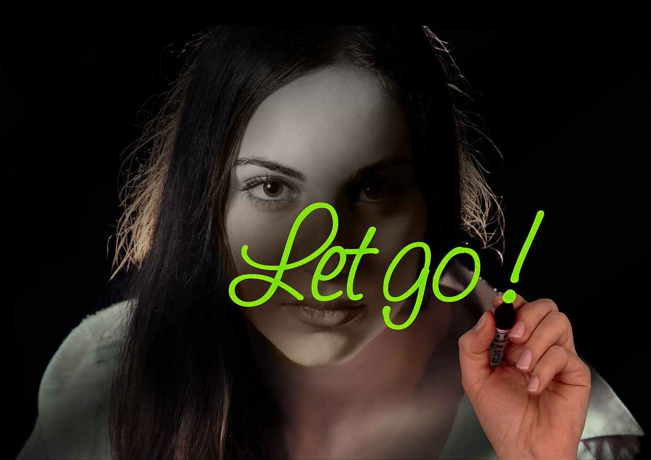 10KeyThings-Learn-to-let-go 10 ways to get over a Scarred Friendship