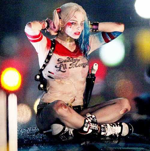 10KeyThings-Suicide-Squad-Dr.-Harleen-Quinzel-as-Harley-Quinn 10 Super Villains from Suicide Squad