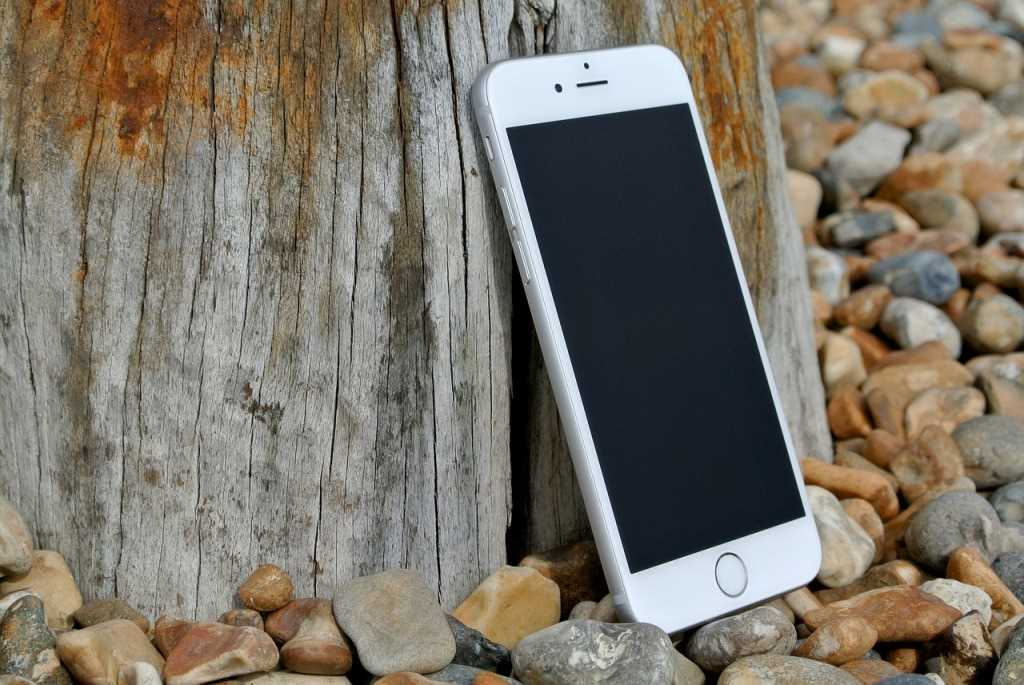 10KeyThings-iPhone-6 Top 10 Smartphones to watch out for 2015