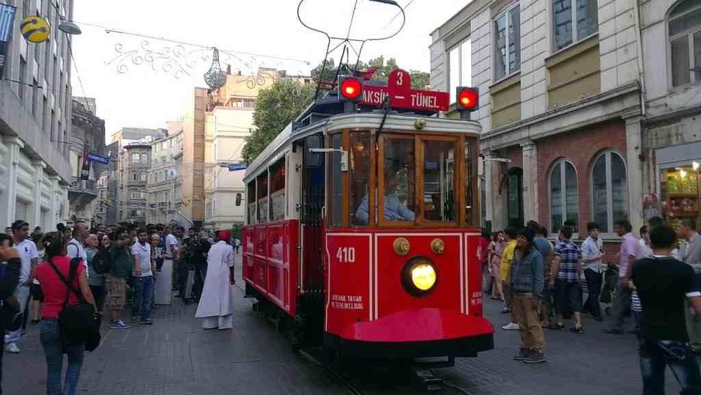 10-Key-Things-Istanbul-Transport-1024x577 10 Key Things about Istanbul, Turkey