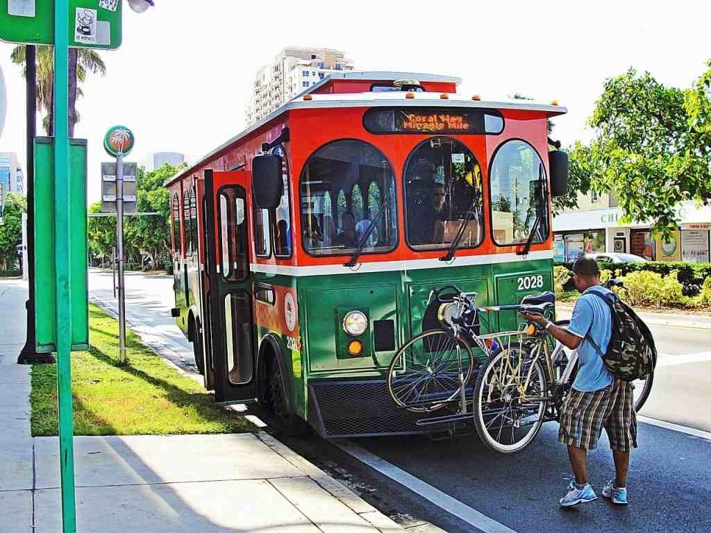 10-Key-Things-Transport-Trolley-Miami-1024x768 10 Key Things about Miami, USA