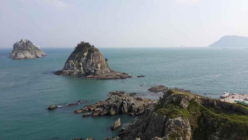 10-key-things-oryukdo-beach-1024x576 10 Key Things about Busan, South Korea